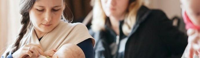 Saskatoon Supports Breastfeeding in Public